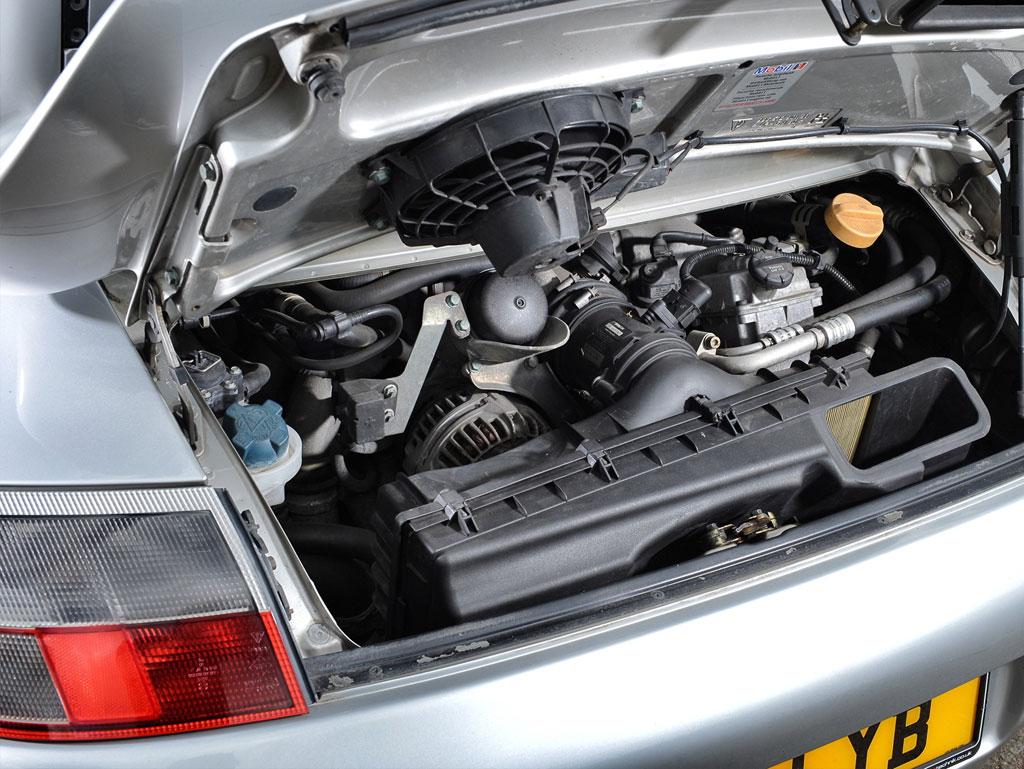Porsche Specialist Garage Hitchin